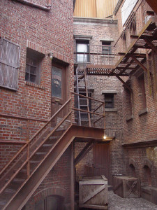 photo-manmade-universal-backalley-1810